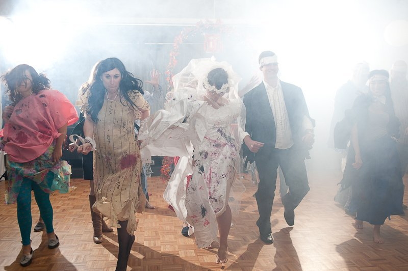 wedding party dances to thriller in zombie attire