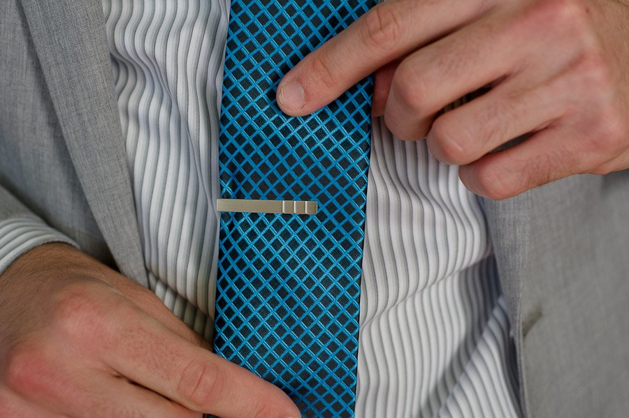 kapo guitar tie clip barr mansion, austin wedding photographer