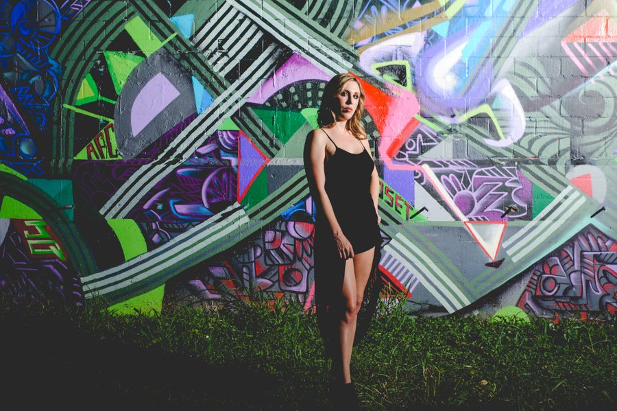 outdoor portraits, night time photography austin, portrait photographer austin texas, unique portrait photography, graffiti portraits