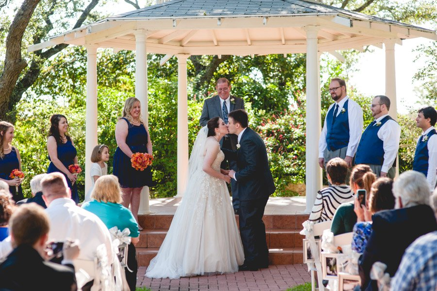 winfield inn wedding, blue and coral wedding in austin
