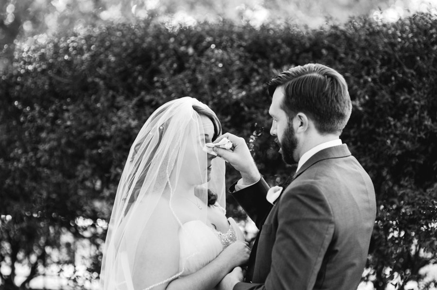 photojournalistic wedding photography austin texas, real wedding moment photography, central texas modern wedding photographer, wedding starting at $2500