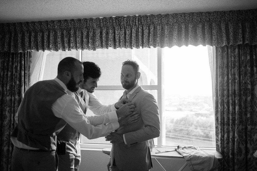 laguna gloria austin wedding photography