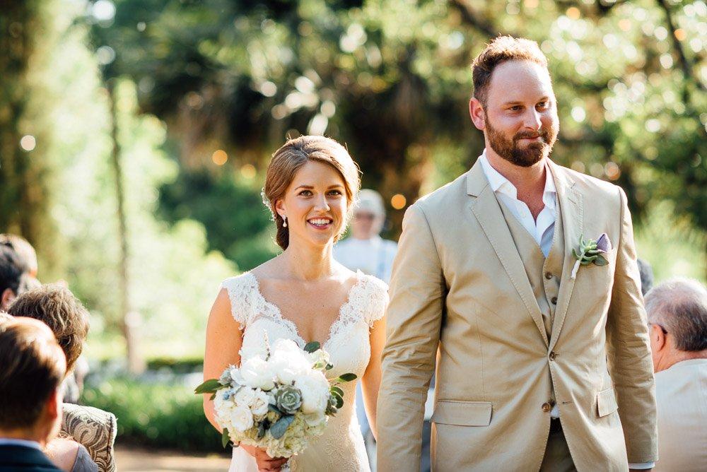spring wedding at laguna gloria, austin wedding photographer, modern wedding photography in austin
