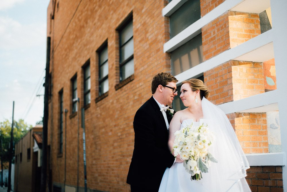austin bride and groom wedding photography