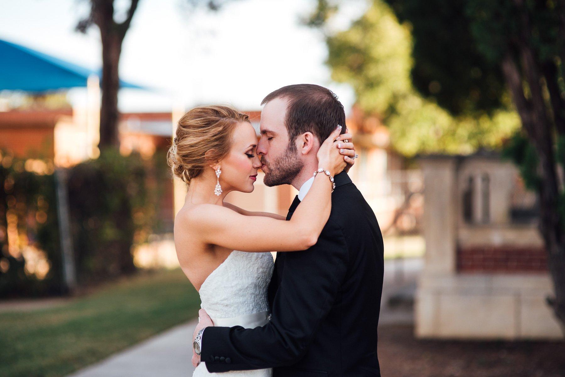 romantic wedding portraits at victory arts center