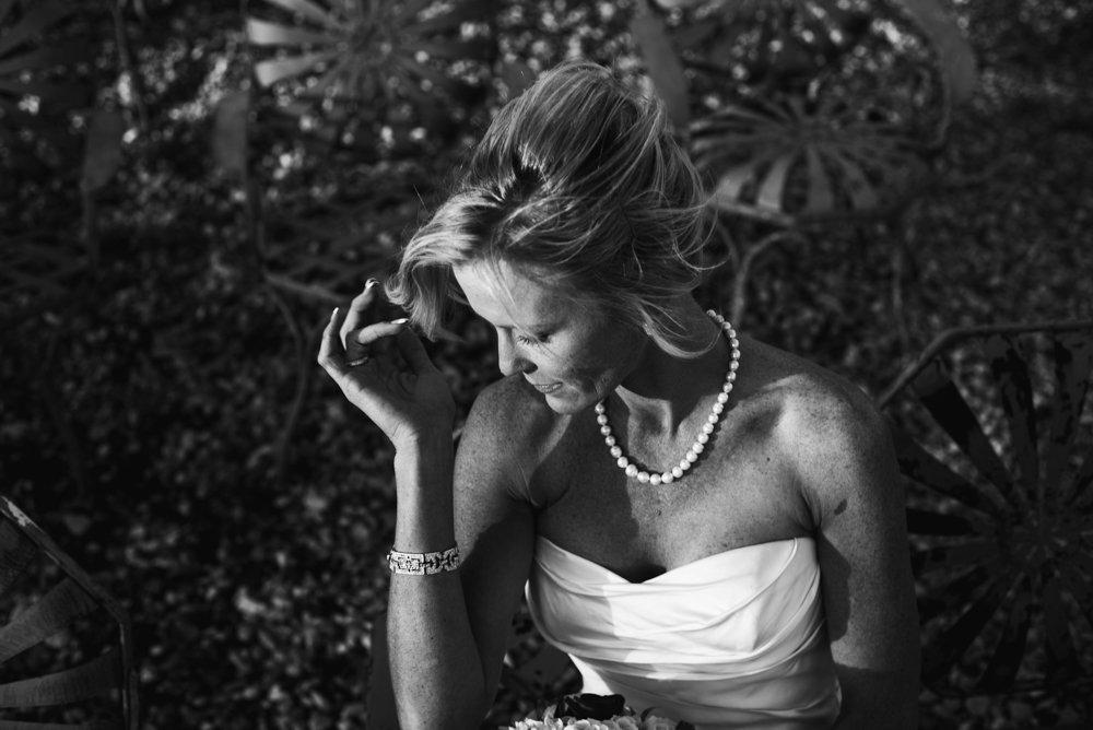 moody austin bridal portraits at le san michele, austin bridal portrait photographer, dallas and fort worth bridal portraits