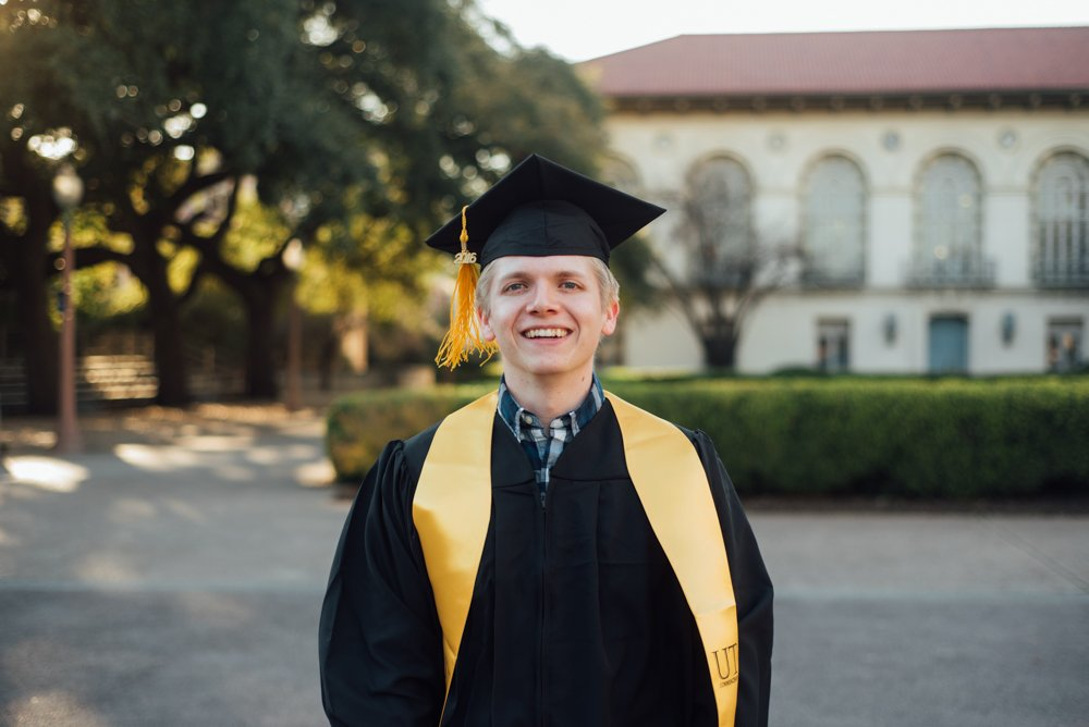traditional UT graduation portrait in south mall, spring graduation portraits,