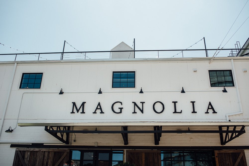 my first time at magnolia market, visiting magnolia market for the first time, what to expect from visiting magnolia market in waco texas, fixer upper fans in texas, what my first experience visiting magnolia market was like, why you should visit magnolia market too