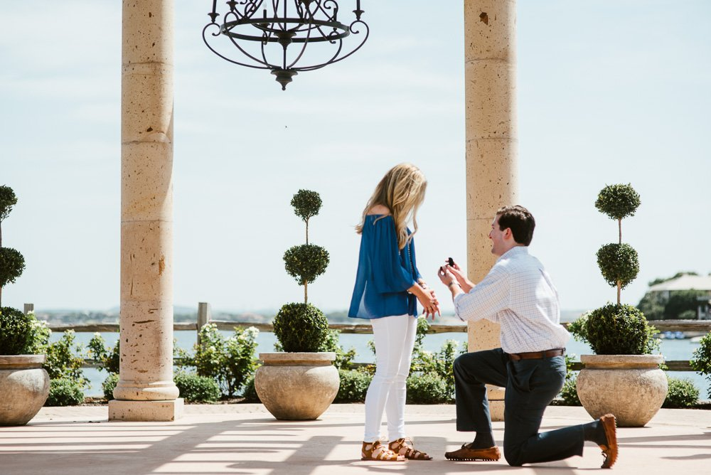 natural, organic wedding and proposal photographer in austin and central texas