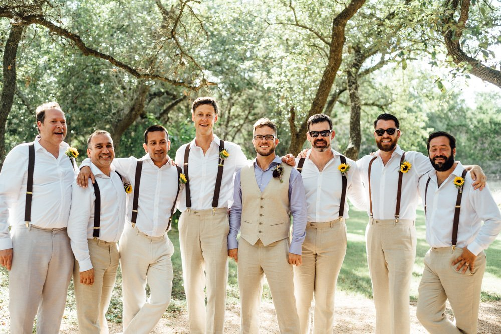 Outdoor Austin Wedding Ceremony That Barely Beats the Rain