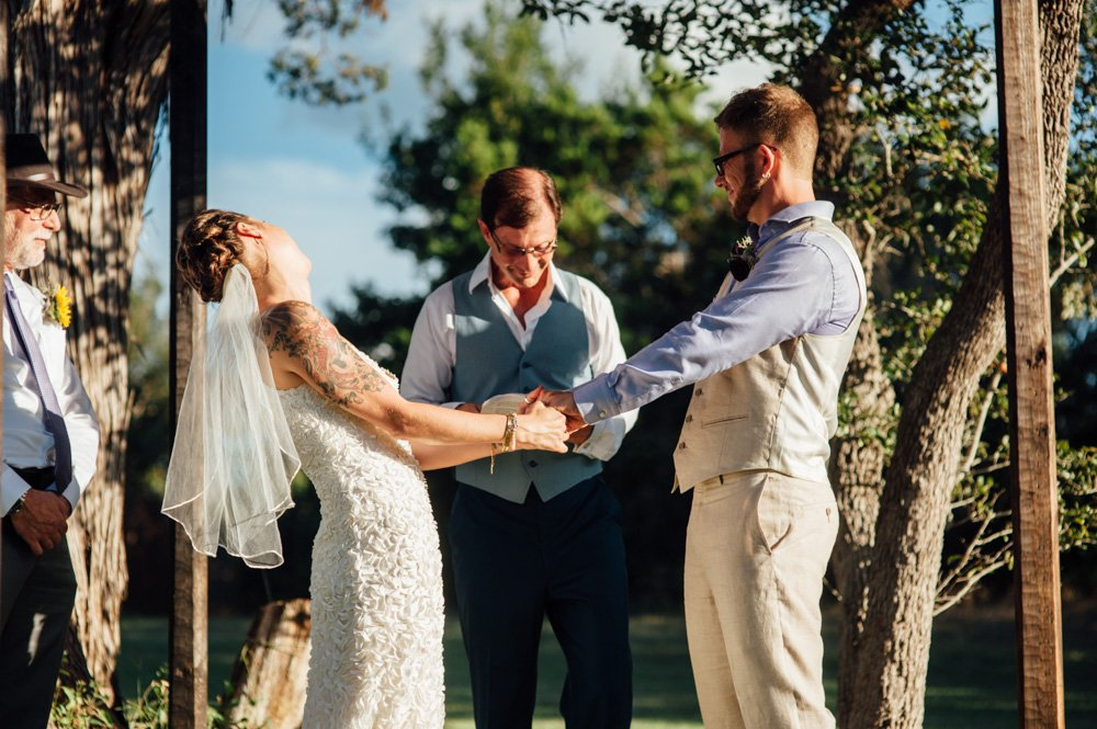 summer wedding in austin, wedding at the wildflower barn in driftwood, driftwood wedding photography