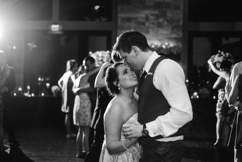 documentary wedding photographer in dallas and fort worth