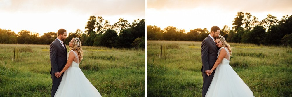 sunset wedding photos at a rustic houston wedding, country sunset wedding photos, sunset photos in a field in houston
