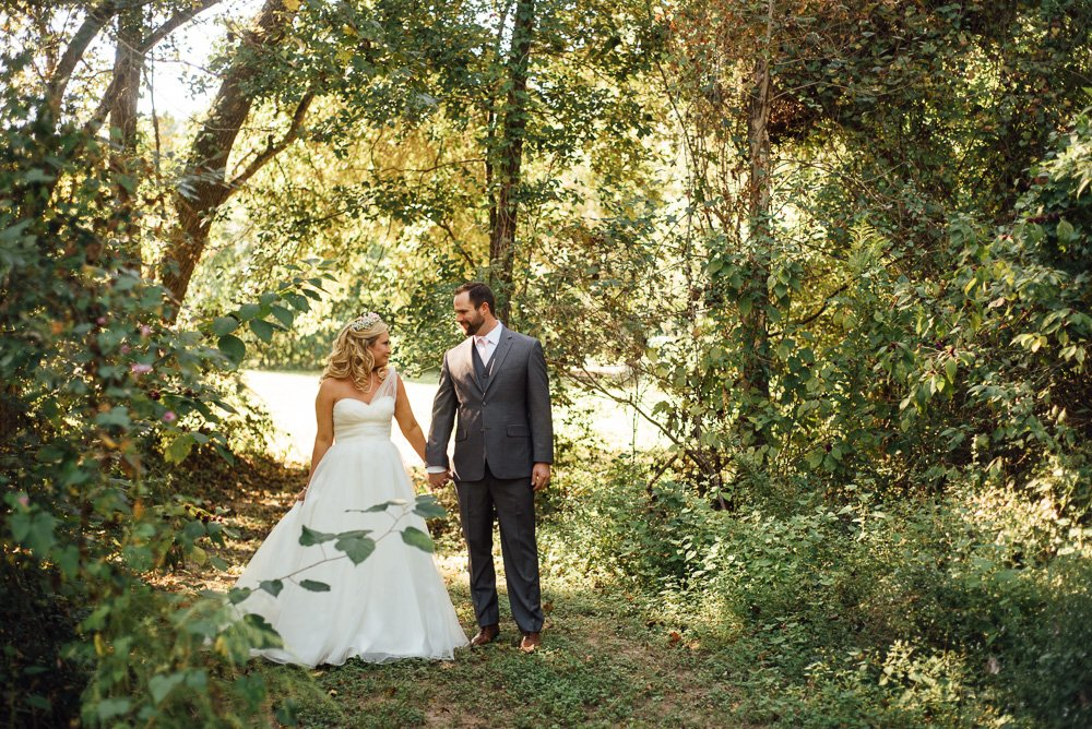 rustic wedding portraits at a wedding in the woodlands, whataburger dreams, alternative wedding photographer, austin wedding photographer, destination wedding in houston tx, watters wedding dress,