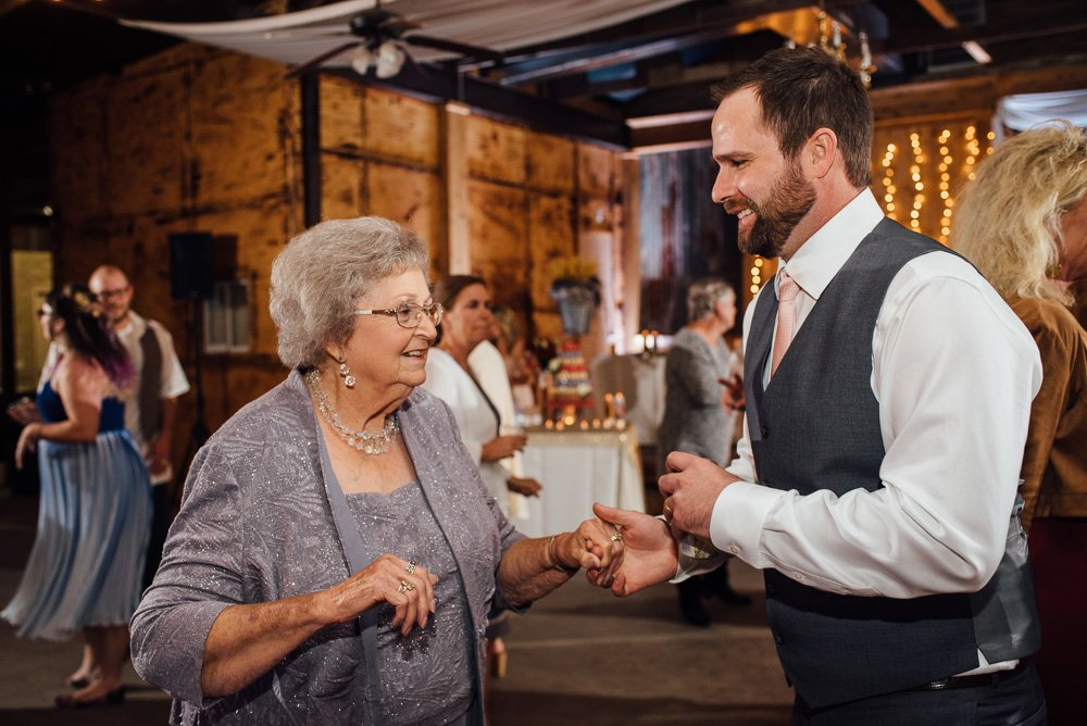 rustic_houston_wedding_fall_036
