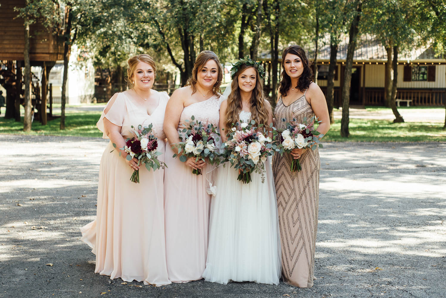 bridesmaids at classic oaks ranch wedding, DFW wedding photographer with natural light and modern coloring