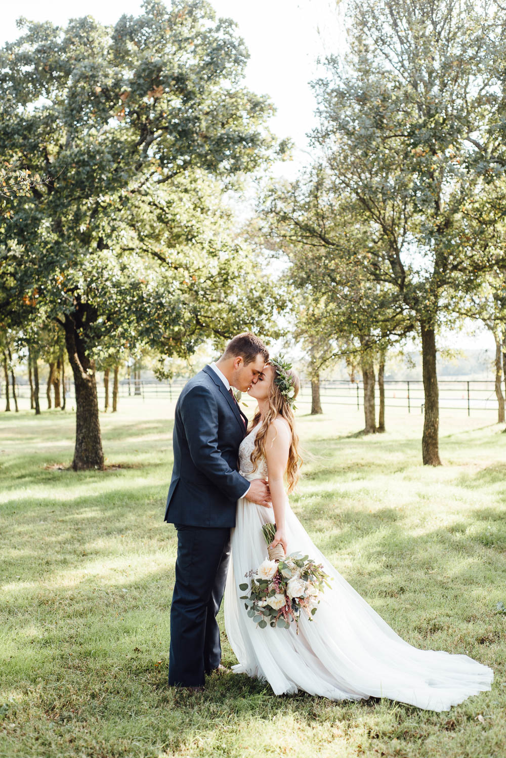 boho wedding photographer, ft worth wedding photography, fort worth wedding photographers, bohemian wedding photography, green fall wedding in north texas, fort worth wedding photography blog, north texas wedding photographer, ranch wedding photographer