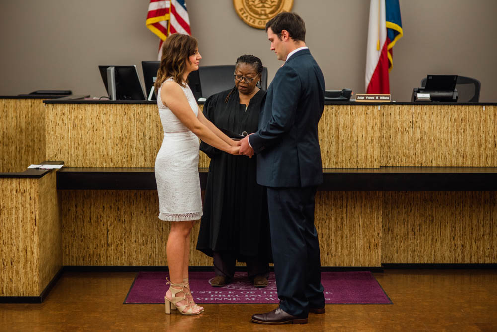 austin courthouse elopement photographer, elopement photographer in austin