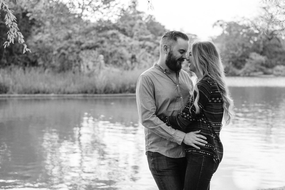 houston engagement session by the water at herman park