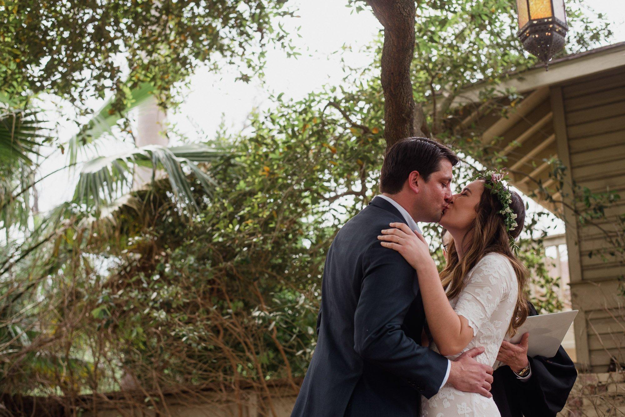 backyard wedding in san antonio, diy wedding at king william manor, king william manor wedding, spring wedding in san antonio