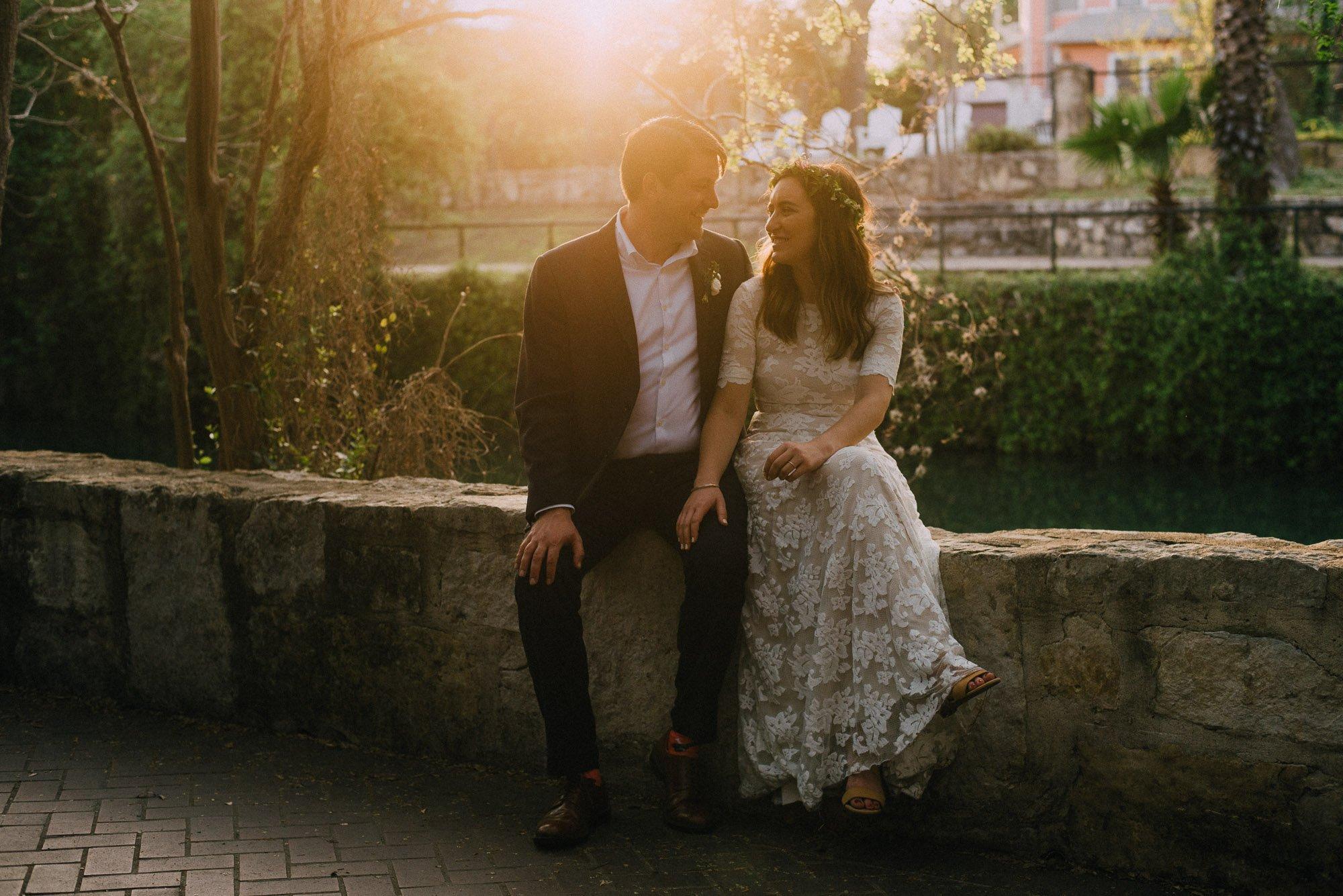 riverwalk san antonio wedding photos, san antonio wedding photographers, colorful and modern wedding photographers in central texas
