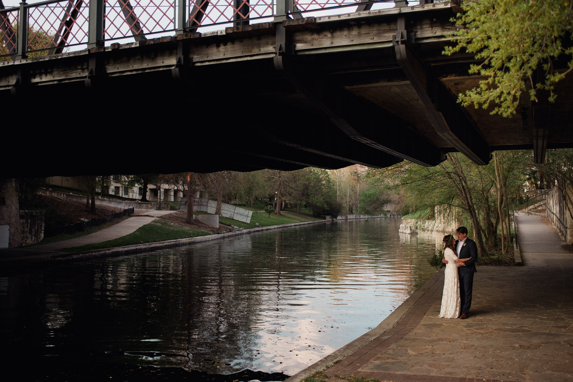king william riverwalk wedding photos