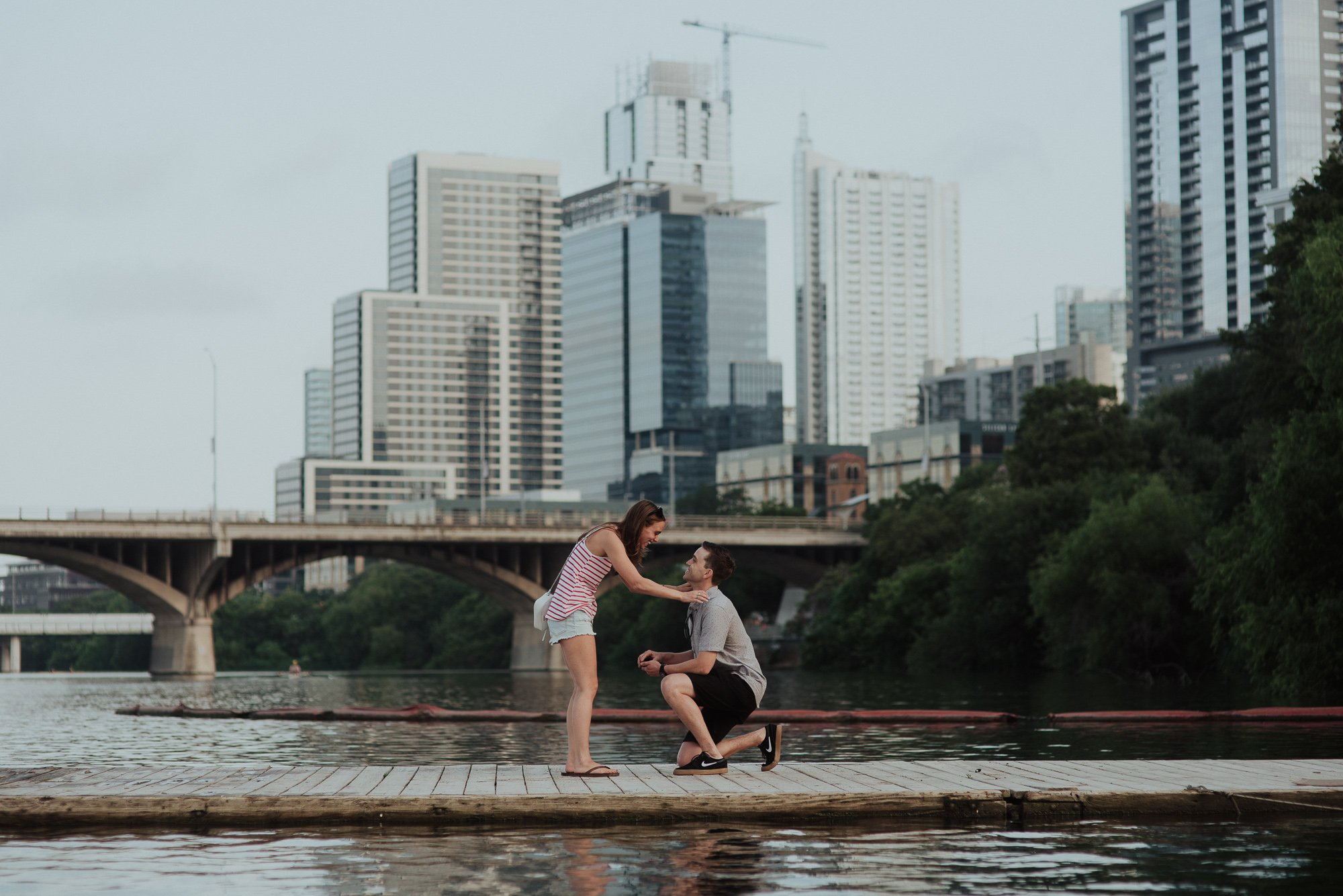 surprise austin proposal on the water, lakeside proposal in downtown Austin, austin proposal photos