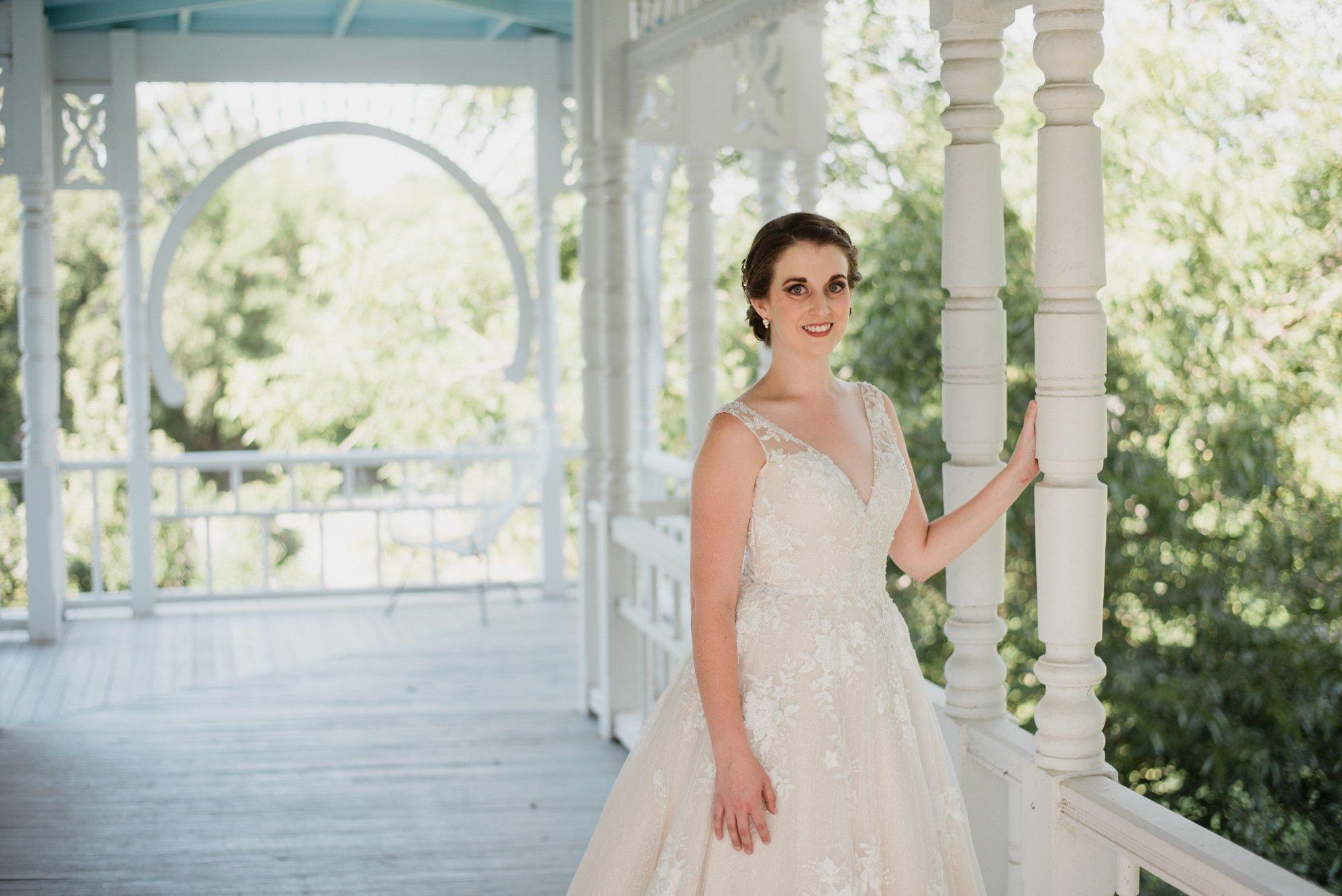 bridal session at barr mansion, bridal session, austin classic bridal portraits, austin barr mansion photographer