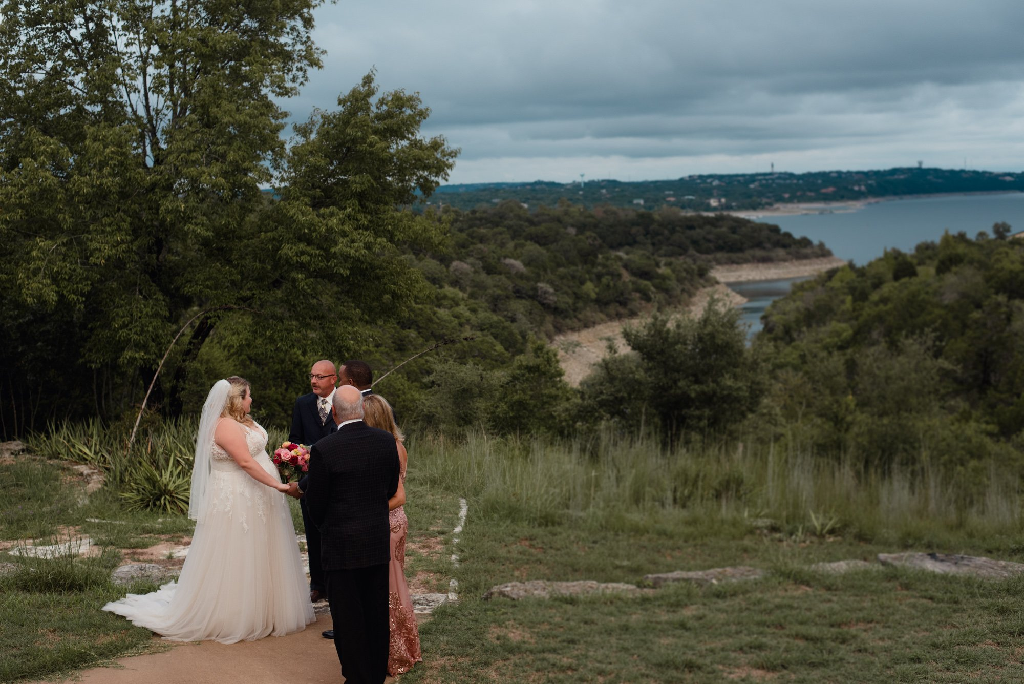 small lake house wedding austin texas, lake travis wedding photos, private elopement austin, backyard wedding