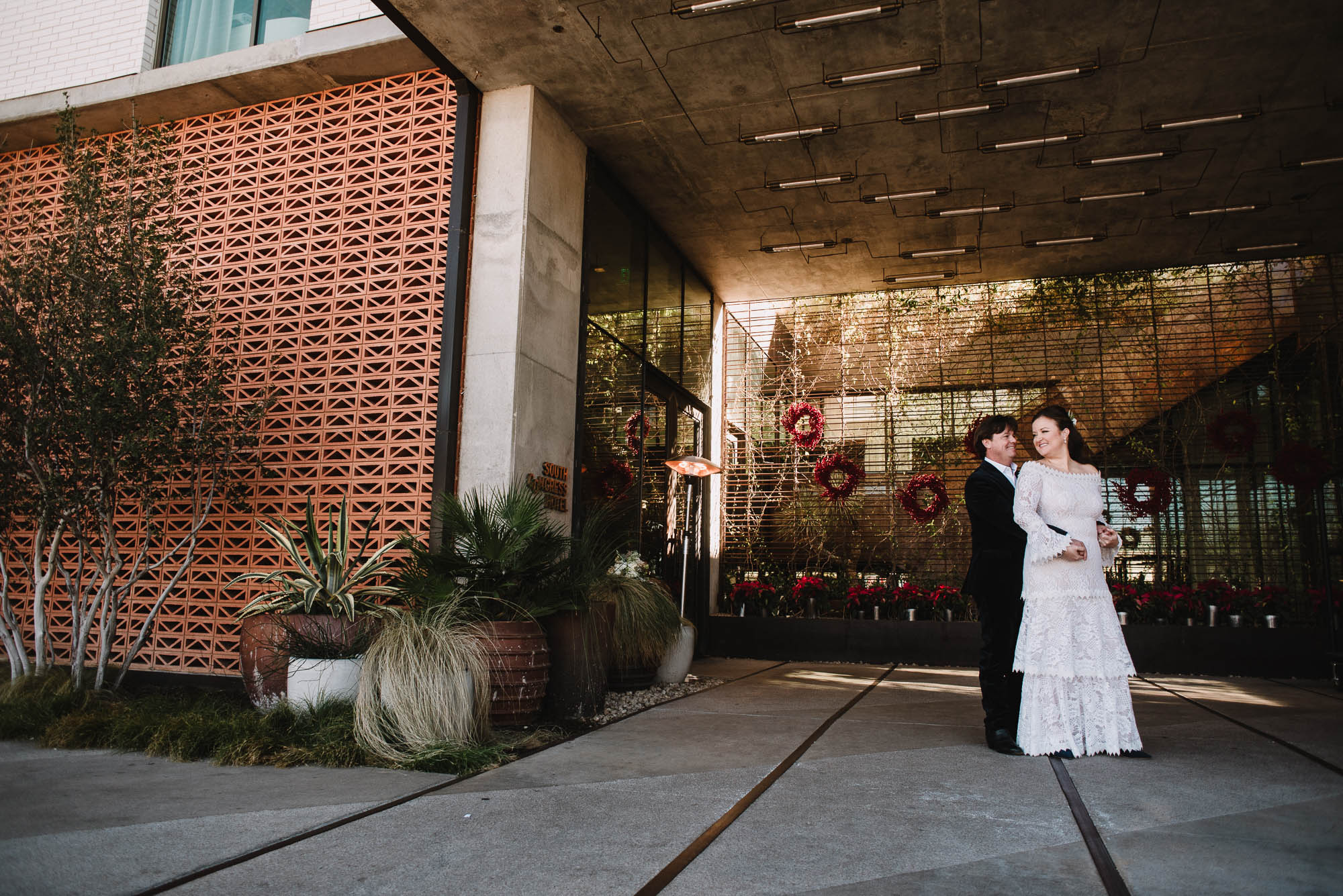wedding portraits outside south congress hotel in austin texas, austin wedding photographer