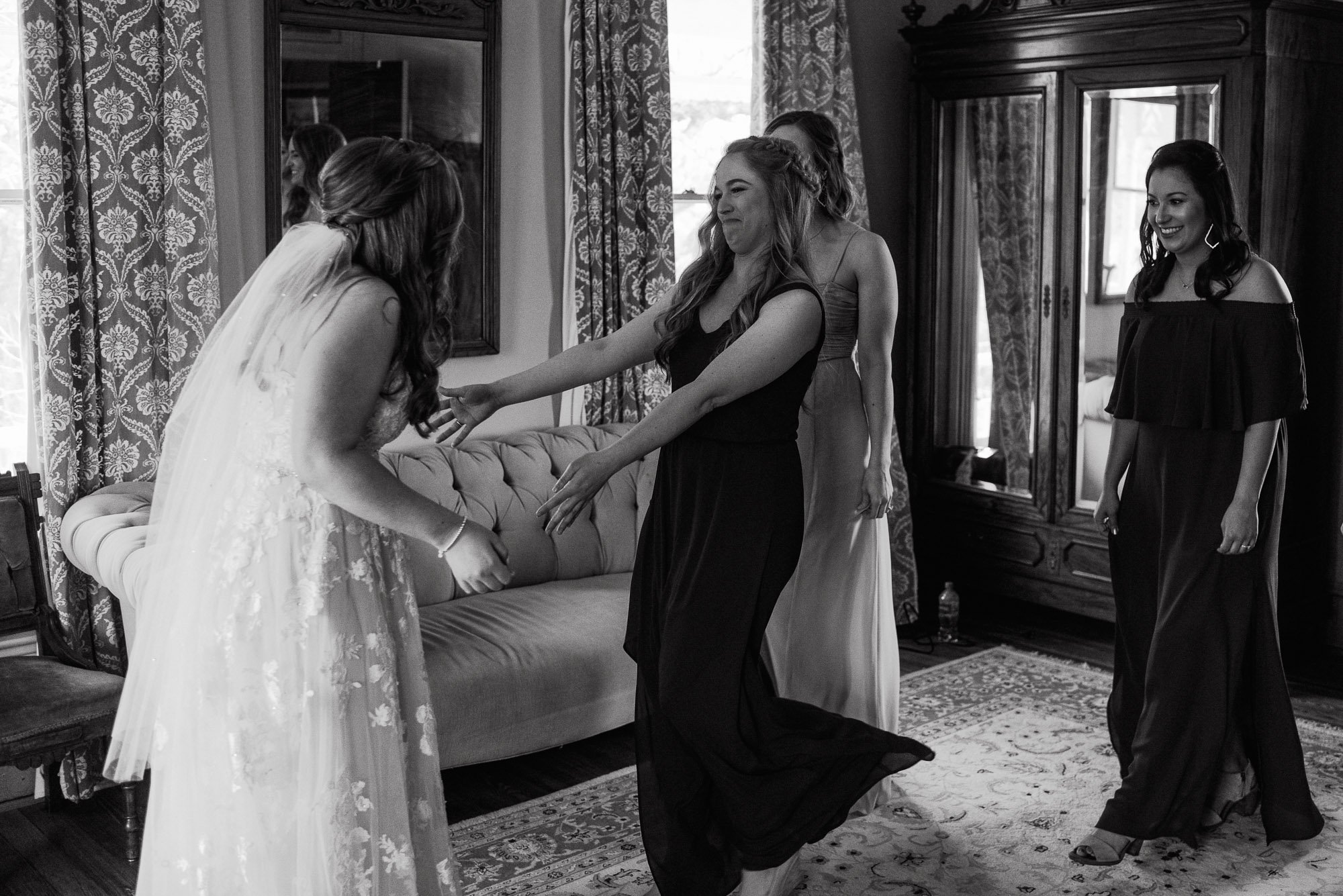 bridesmaid first look reaction at the barr mansion