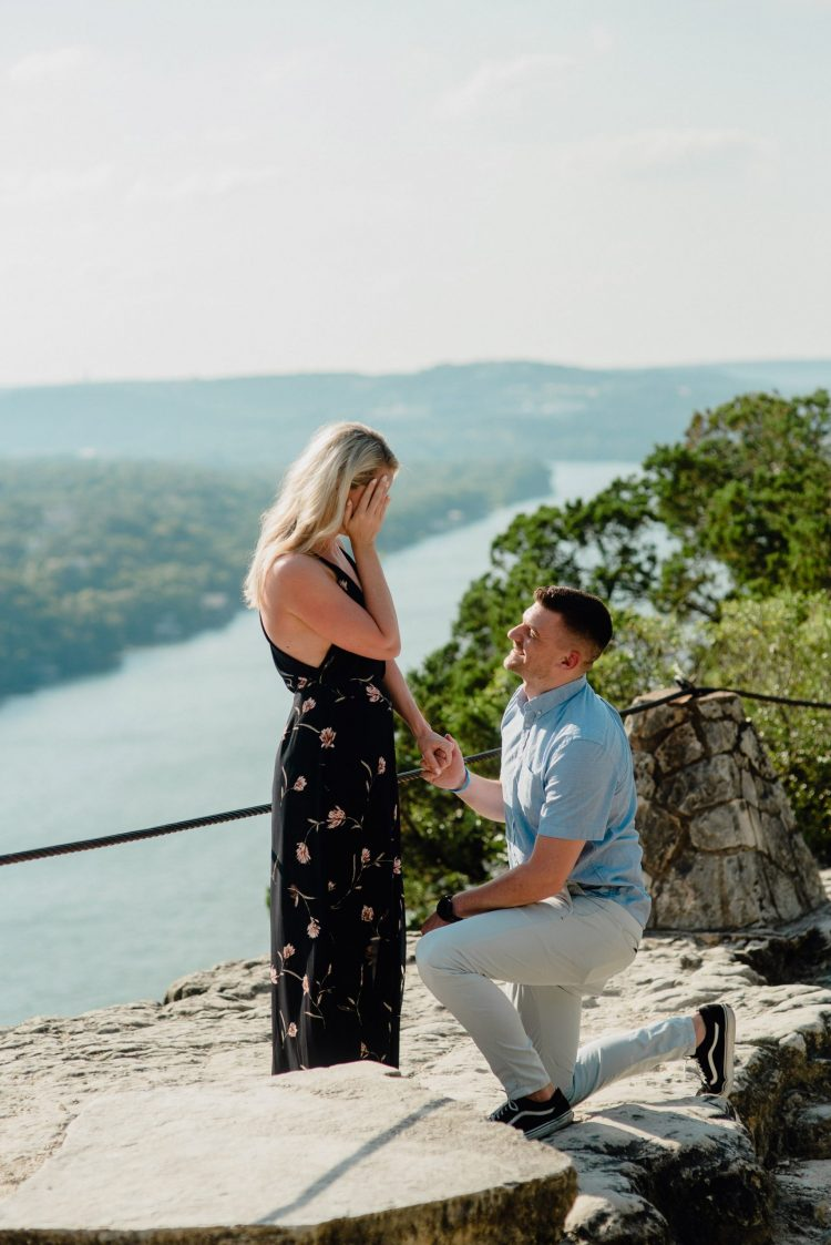 sunset proposal at mt. bonnell, romantic sunset proposal