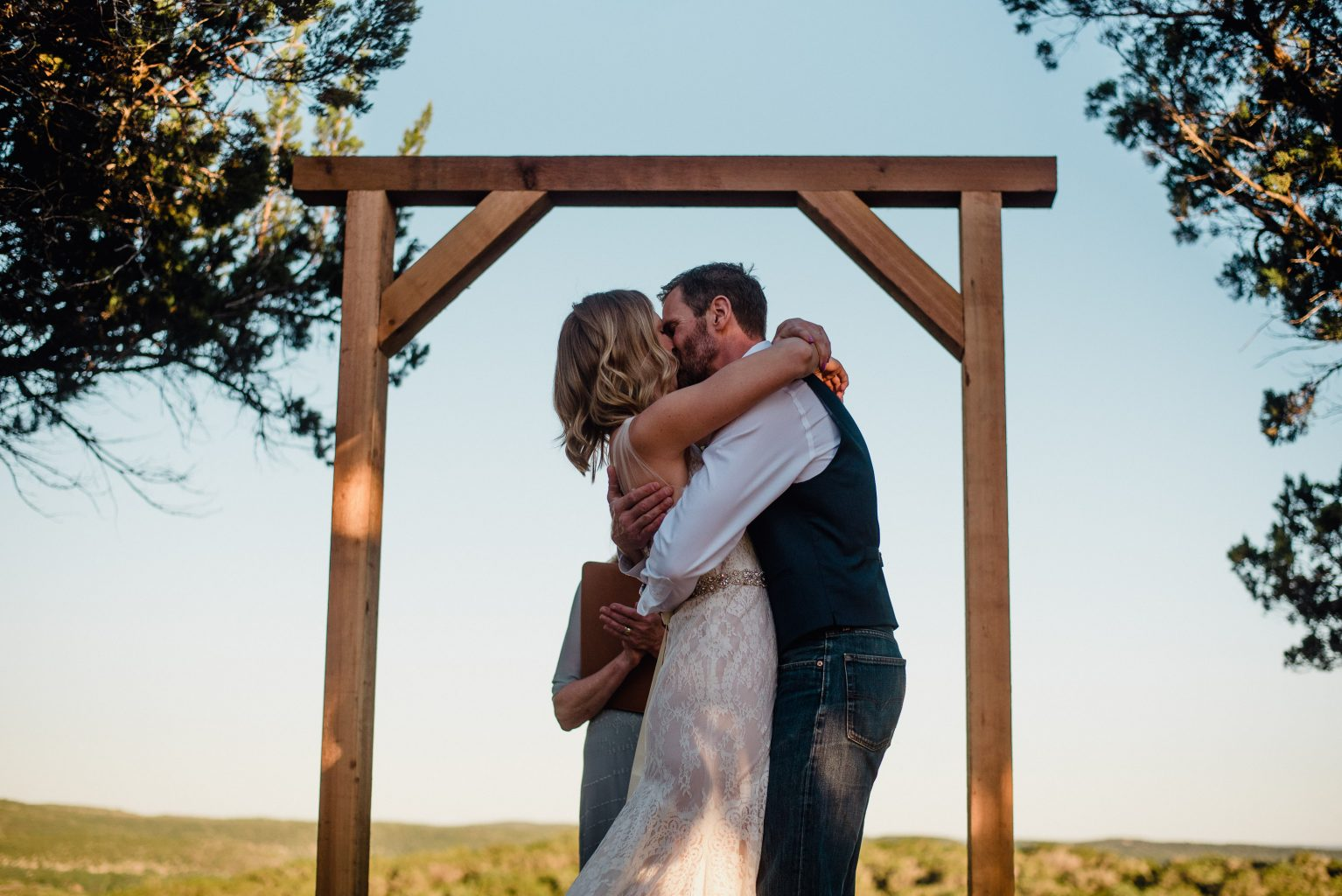 first kiss at a ranch wedding in san antonio texas