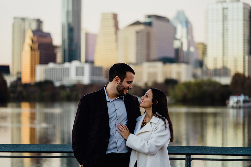 austin proposal photos on the lady bird lake boardwalk