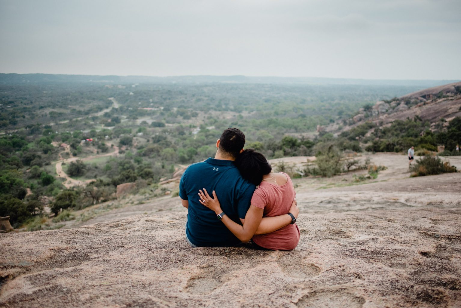 Enchanted Rock proposal ideas, how to plan the perfect surprise proposal in Austin, fredricksburg proposal ideas, hill country proposals