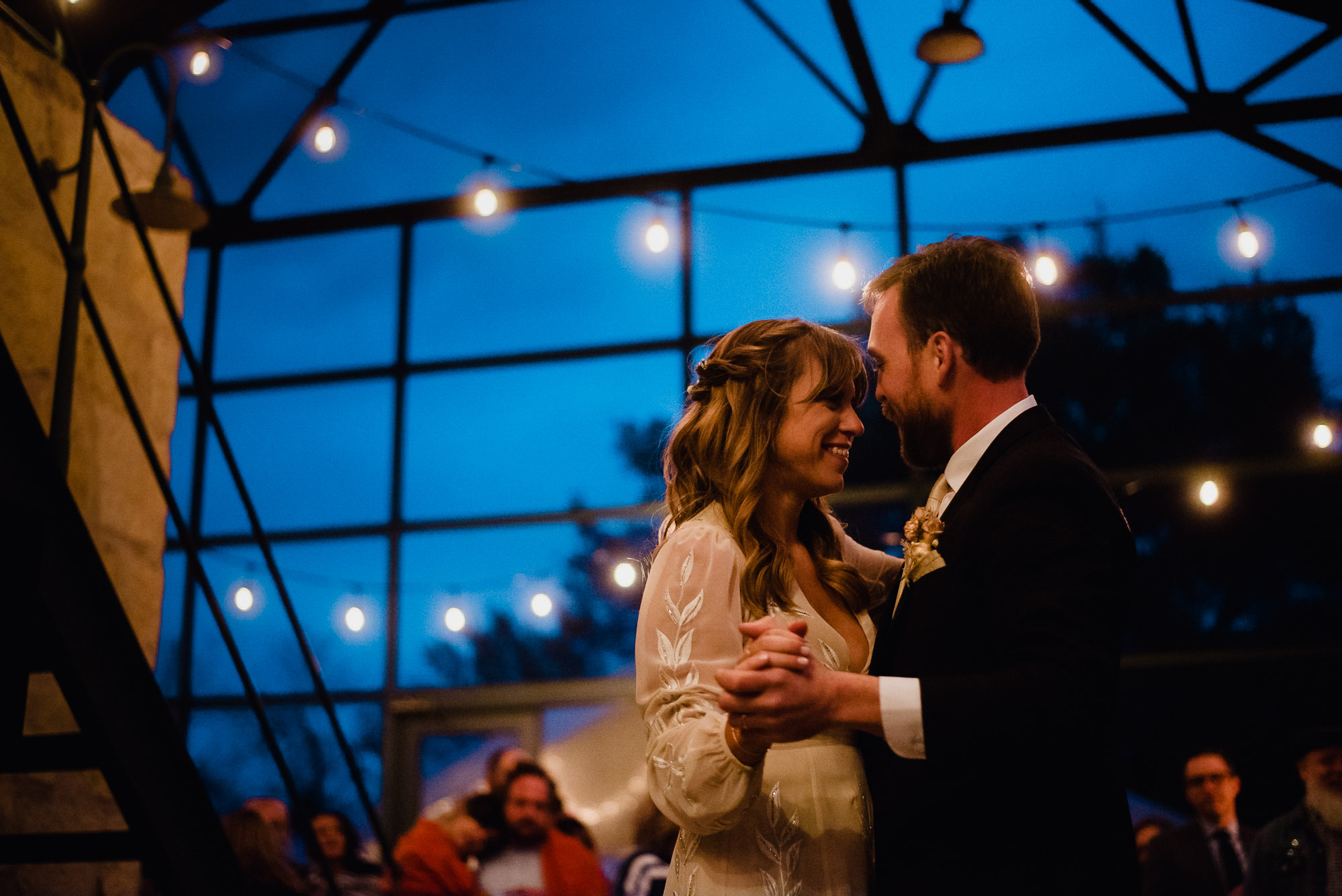 austin documentary wedding photographer, plant at kyle wedding photography, first dance photos in natural light