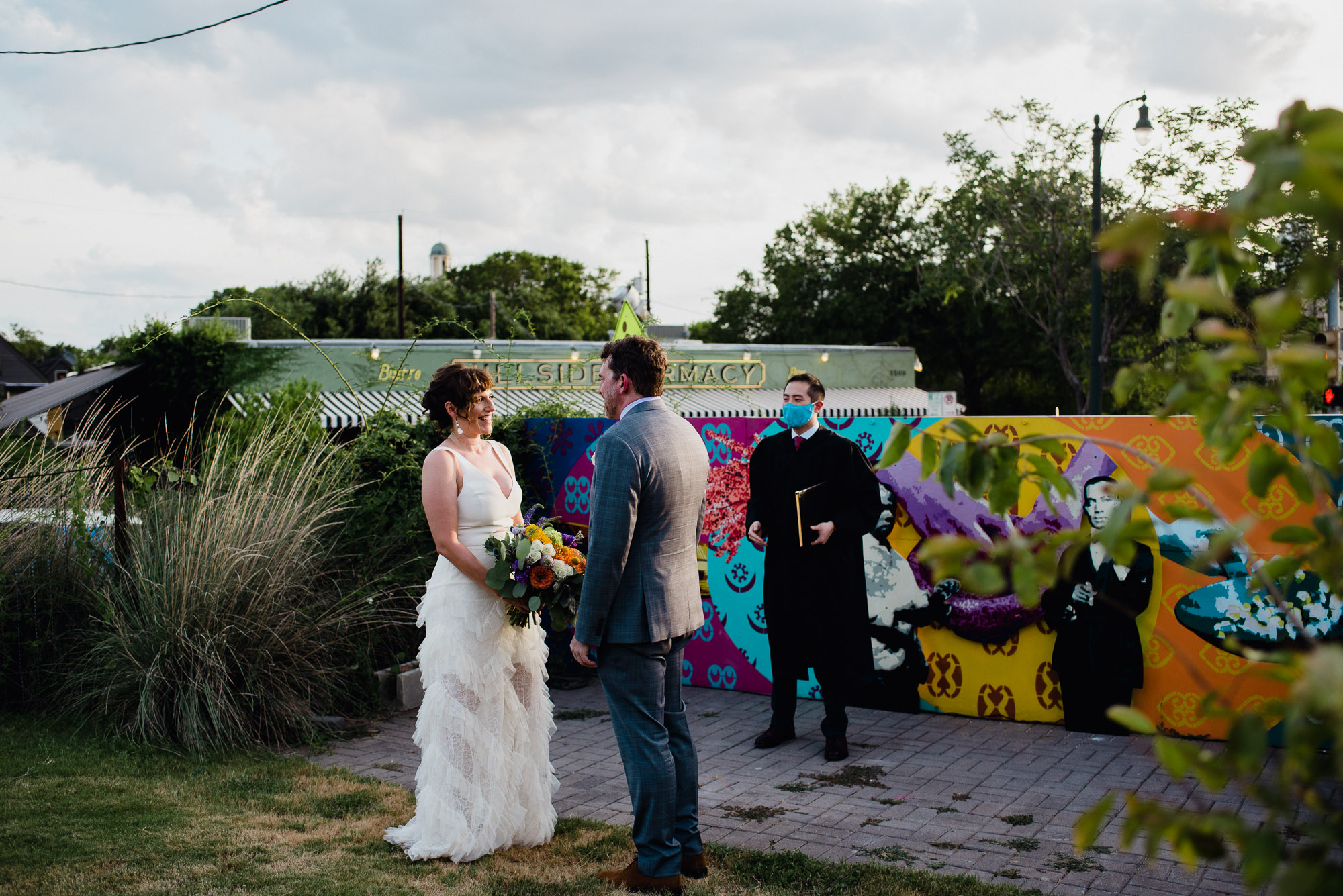 vibrant elopement photography in austin, austin wedding photographer, photography for colorful weddings