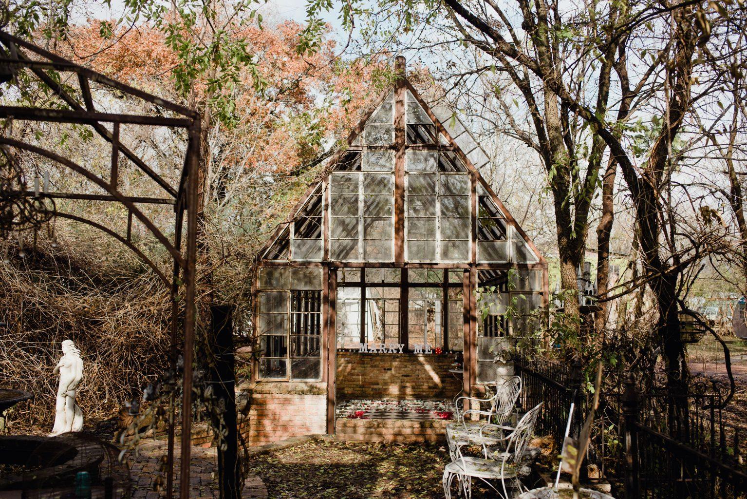 sekrit theater, austin proposal photographer, winter proposal in austin, austin proposal locations